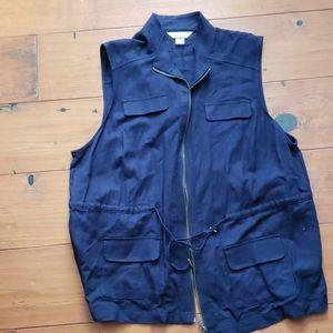 CJ Banks vest, One X